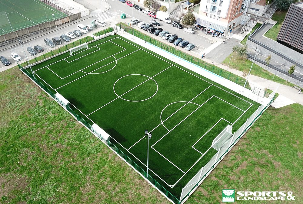 The works of the new municipal soccer field, Aretxabaleta (Gipuzkoa), are finished