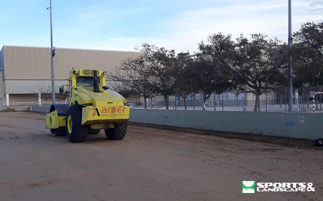 Construction works for the Aixa-Llaüt College football field, Palma (Mallorca) have started