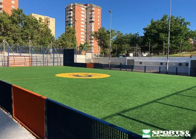 Renovation works of the artificial turf of Cruyff track in Terrassa